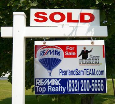 Pearland Sam Sold Sign